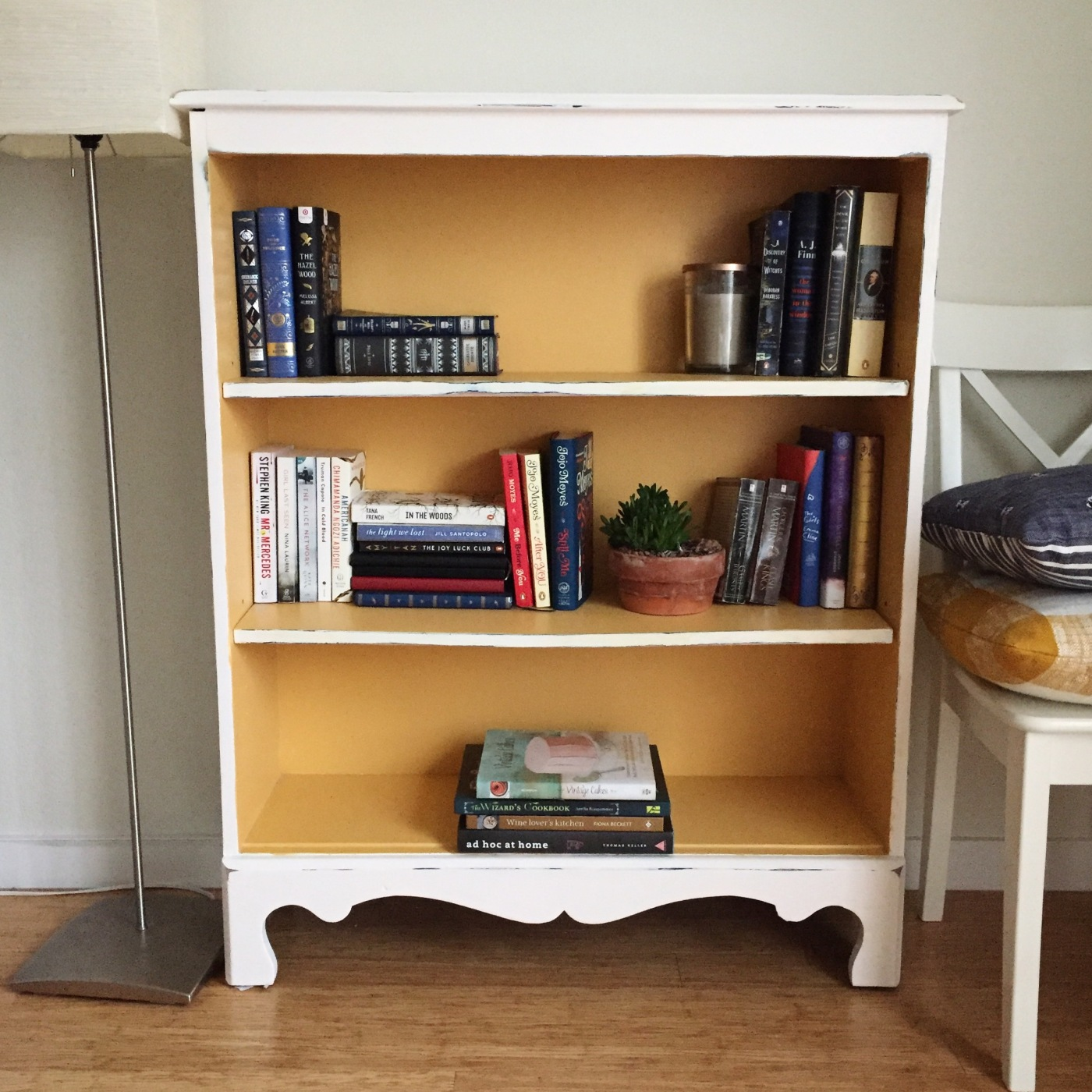 Im In Love With My New Gently Used Bookshelf That I Found On Facebook Marketplace Originally Navy Blue Pictured Below Sanded